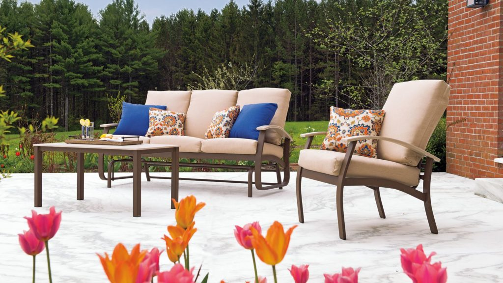 outdoor patio furniture style